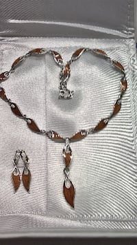 New Na Hoku Hawaiian Koa Wood Necklace and Earring Fairfax