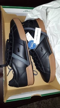 Black-and-brown Lacoste low top lace up sneakers in box size 10.5 US Coquitlam, V3B
