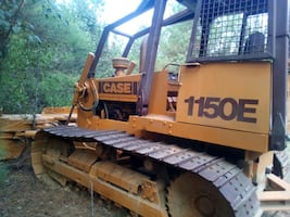 Case 1150E Bulldozer;80%undercarriage;wide tracks - Hyd.pump gone out.