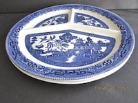 """Qty 2- Blue Willow made in England Transferware divided dish plate 10-7/8"""" Linganore"""