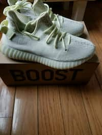 12f6f9f94281 Used Adidas Yeezy Boost 350 V2 for sale in Brookfield - letgo