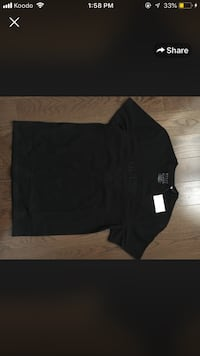 black crew-neck long-sleeved shirt St Catharines, L2T 3Y7