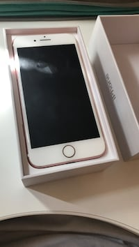 *IPhone 7 Sprint Rose Gold 32gb Like New*