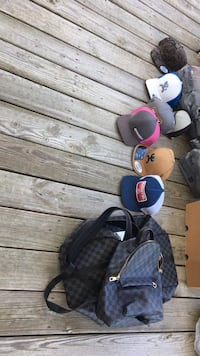 Hats and bags Meadowview, 24361