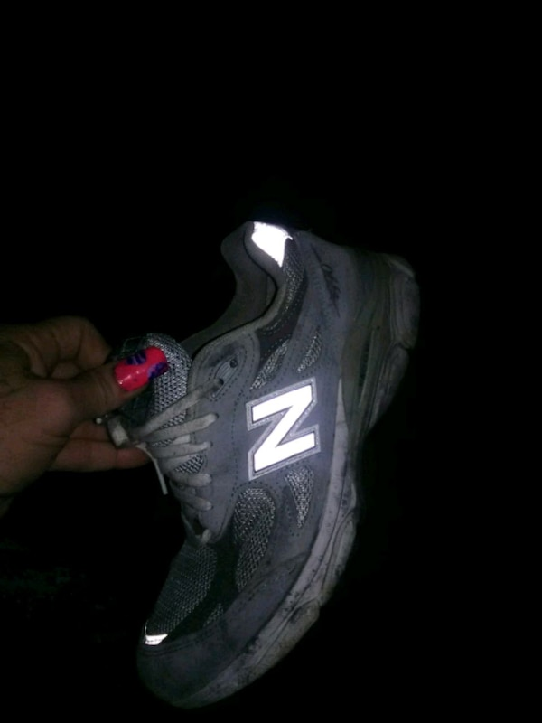 acf6106b498f7c Used unpaired gray New Balance running shoe for sale in Casa Grande - letgo