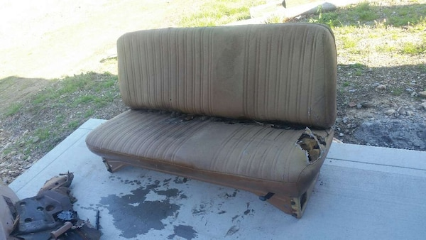 Used 91 Chevy Truck Bench Seat 25 00 For Sale In Ethridge Letgo