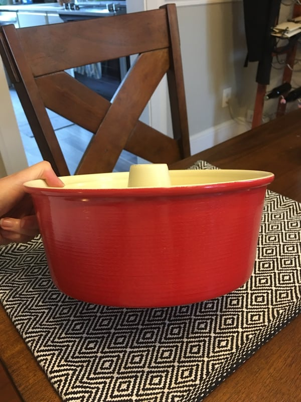Nordic Ware Angel Food Cake Pan, 16 Cup, Red f844a307-ed95-43db-80f2-657aa312fcd9