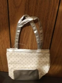 New/Sparkle heart purse.Pick up in New Freedom  Hyattsville, 20784
