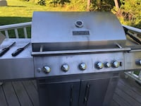 Gas grill Brockton, 02301