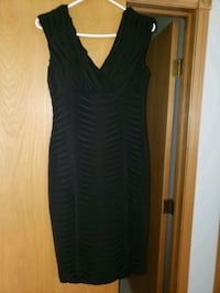 women's black sleeveless dress Calgary, T3K 4G8