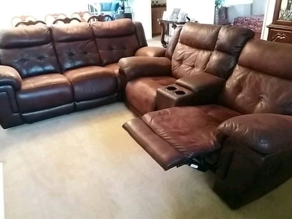 Used brown leather 3-seat recliner sofa for sale in Beaumont - letgo