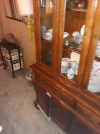 estate sale couches, bars,dinette  sets, chandeliers and more Bakersfield