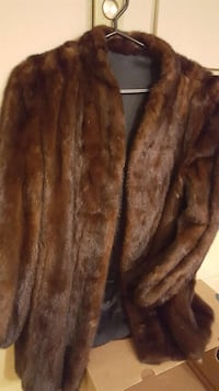 Women's short fur coat