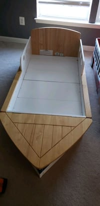 Toddler Boat Bed Chantilly, 20152