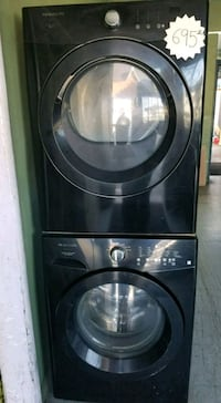black front-load clothes washer Los Angeles, 90061
