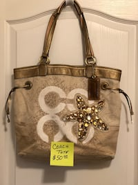 brown and white leather tote bag New Smyrna Beach, 32168