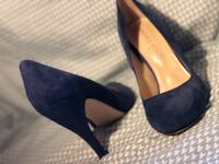 pair of blue suede pointed-toe heeled shoes Bellevue, 98007