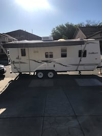 2008 (TrailBlazer) Travel Trailer 24 Foot comes with a great all weather package from the factory and I just installed new skylight covers and tires. It has (1) pop out it's a must see and great price   Sacramento, 95838