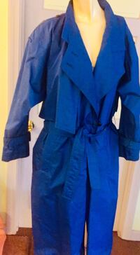 Lord and Taylor's LADIES SIZE 10 Trench Coat Quincy, 02169