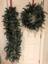 Beautiful Christmas garland and wreath. For indoor or outdoor.  Mississauga, L5G 1K6