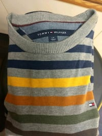 TOMMY HILFIGER MENS SWEATER LARGE Vancouver, V5K 1V8
