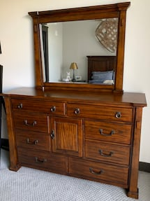 Clairfield Traditional Tobacco Dresser and Mirror