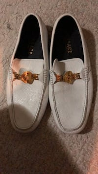 Versace shoes #size 42 Winnipeg, R3L 0J8