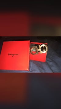 Salvatore Ferragamo leather belt with box