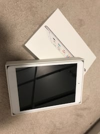 White ipad mini first gen with LTE with box and case