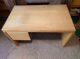 Office desk with file drawer (Solid wood (Oak)