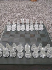 glass chess set and board NM Northglenn, 80234