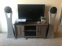 TV stand and matching bookcase Ashburn, 20147
