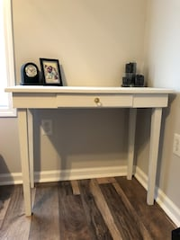 White and gold writing desk Raleigh, 27604