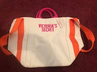 Victoria secret tote still has tag/ never used Lacy-Lakeview, 76705