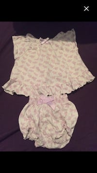 Baby girls outfit size 12:18months