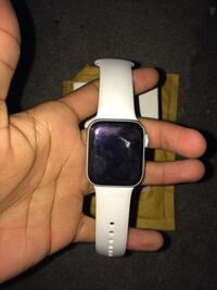 Apple watch Detroit, 48206