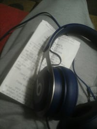 Beats EP blue and silver with receipt  539 km