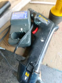 """9.6v WEN BRAND 3/8""""DRILL BATTERY N CHARGER ALL WOR Spring Grove, 17362"""