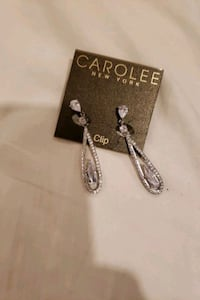 Carolee new york clip on earrings