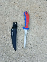 two red and blue handled knives Ankeny, 50021