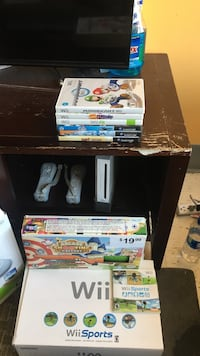 Wii bundle Greenwich, 06830
