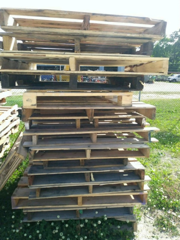 Used Clean Used Pallets - Free for sale in North Myrtle ...