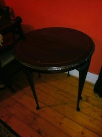 round black wooden side table London, NW11 7ES