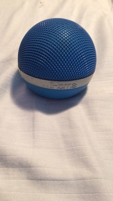 Blue iHome bluetooth speaker