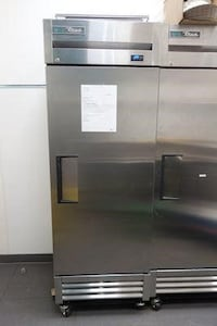 True upright Single door cooler ! LIke new condition !100% cold