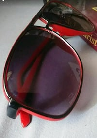 black and red sunglasses Bakersfield, 93306