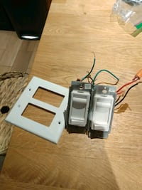 Two Light Dimmer Switches + faceplate  Mississauga, L4W 3J6