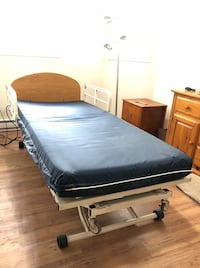 Hospital bed/Electric bed  Edmonton, T6L 6S2