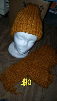 2 pc hat scarf new crochet adult Theodore, 36582