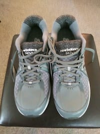 Brand New Never Worn Womens New Balance size 9 1/2 Lincoln, 68504